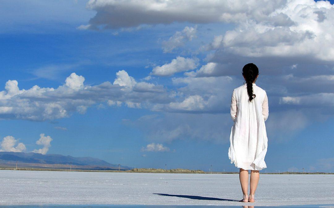 HOY vas a conquistar el cielo, sin importar lo alto que queda del suelo..